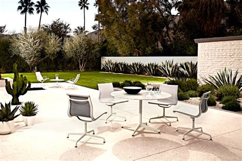 home design solutions inc wi hermanmiller 174 eames 174 aluminum outdoor lounge chair