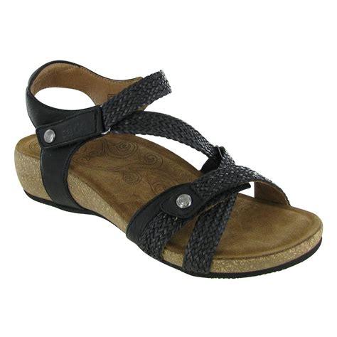 taos trulie sandals taos trulie womens sandals