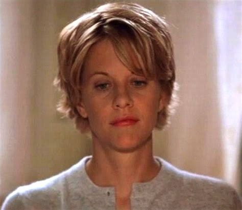 meg ryans hairstyle inthe youv got mail meg ryan in you ve got mail short hair pinterest meg