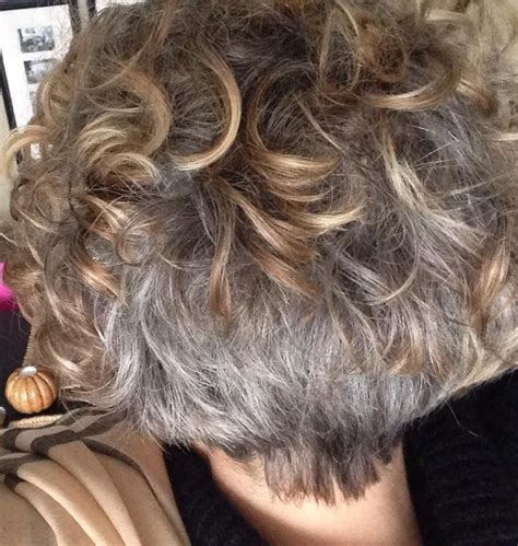 transition hairstyles when growing out growing out gray hair transition short hairstyle 2013