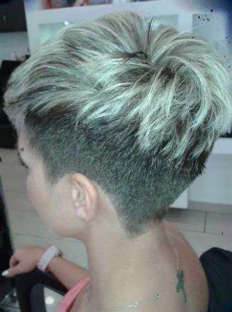 pixie cut back on pinterest shaved nape edgy pixie hair przegląd kr 243 tkich fryzur kt 243 re wyszczuplą twoją twarz