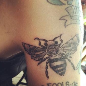 tattoo parlour ringwood idle hands tattoo parlour 22 photos 19 reviews