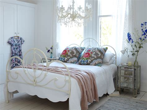 shabby chic bedroom mirrors startling distressed mirrors shabby chic decorating ideas