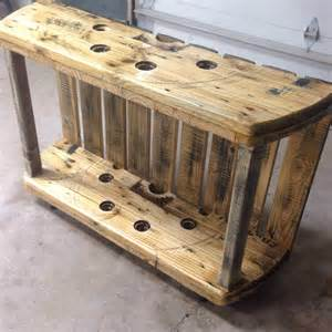 Best Wood For Bookshelves by Cable Spool Media Table Pallet Ideas 1001 Pallets