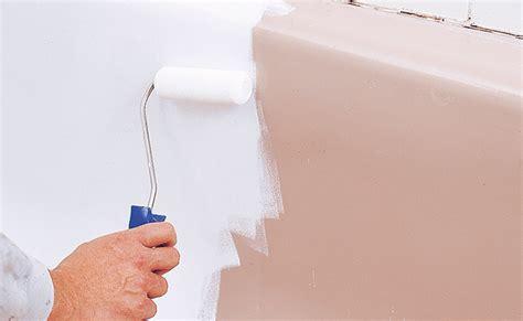 duschwanne neu lackieren lackieren mit der spraydose lackieren streichen