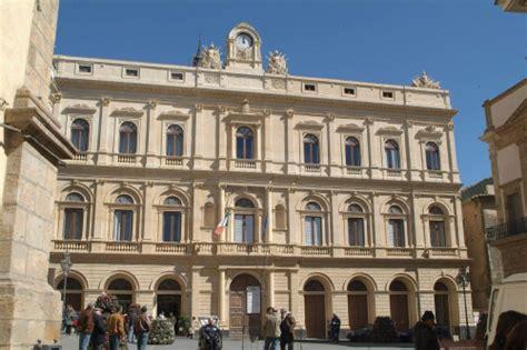ufficio turismo siracusa sedi eventi sicilia sicilia