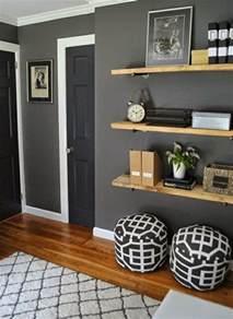 wandgestaltung wohnzimmer grau wandfarbe grau 29 ideen f 252 r die perfekte hintergrundfarbe