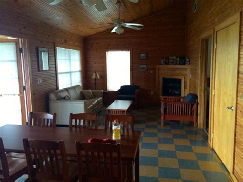 Lake Louisa State Park Cabin Rentals by Dining And Living Room Picture Of Lake Louisa State Park