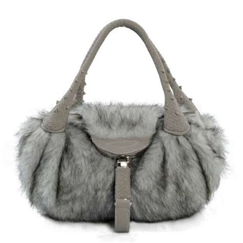 10 Must Winter Accessories by Winter Accessories Trends To Look Forward In 2013