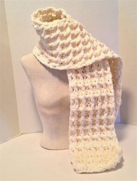 crochet pattern using bernat blanket yarn crochet pattern chunky waffle stitch scarf using bernat