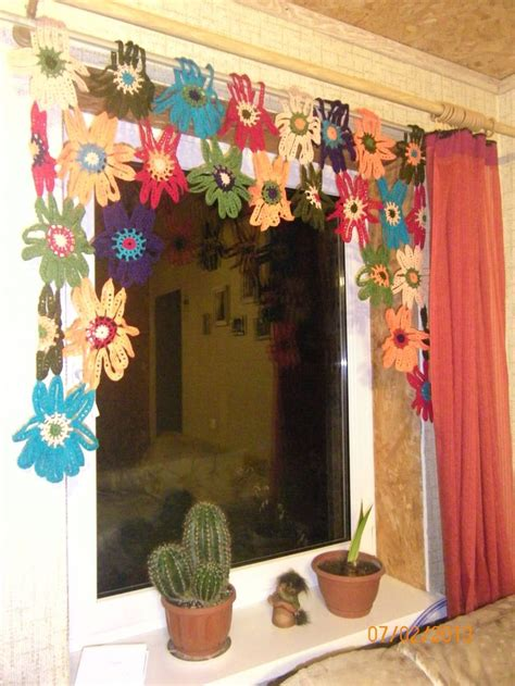 Best 16 Cortinas Ventanas A Crochet Images On Pinterest Crochet Kitchen Curtains