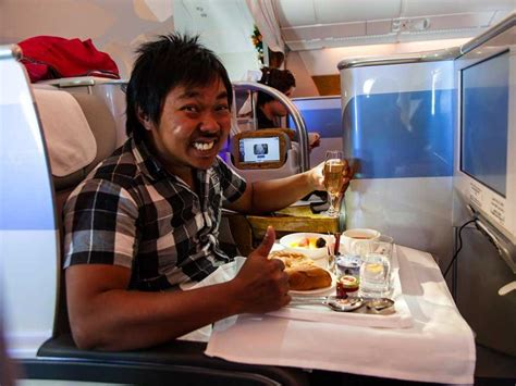 emirates upgrade to business class what it feels like to get unexpectedly upgraded to