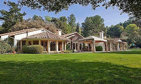 california ranch house california ranch house 169 zillow houses