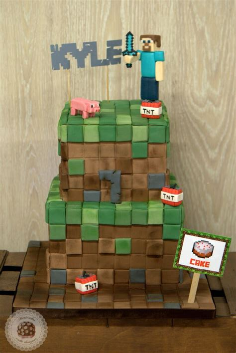 How To Decorate A Minecraft Cake by 17 Best Images About Cake Decorating On