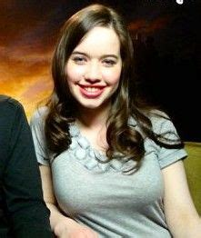 how did they curl anna poppelwale hair in reign 100 best susan images on pinterest anna popplewell