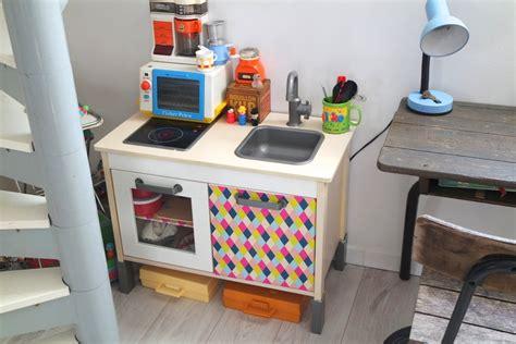 ik饌 cuisine enfant 2 fa 231 ons de customiser la cuisine ikea babayaga