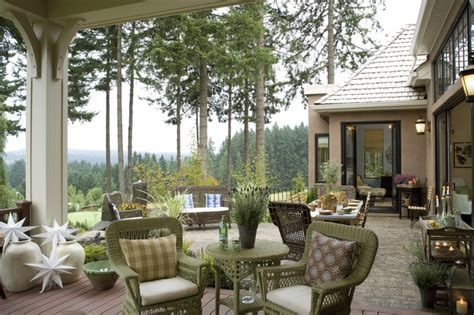 sensational traditional patio designs  sparkle