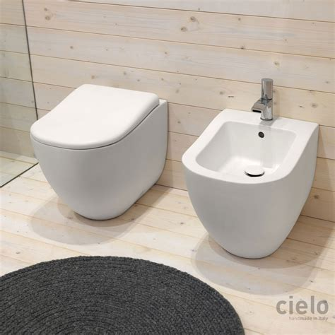 colored designer bidet wc for bathroom ceramica cielo - Le Bidet