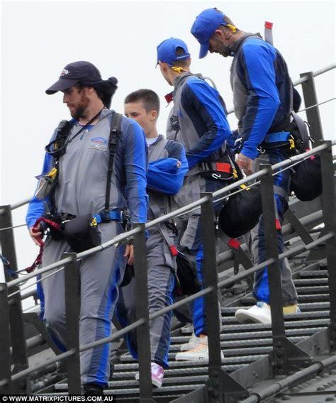 romeo beckham sydney david beckham and his boys do the sydney harbour bridge