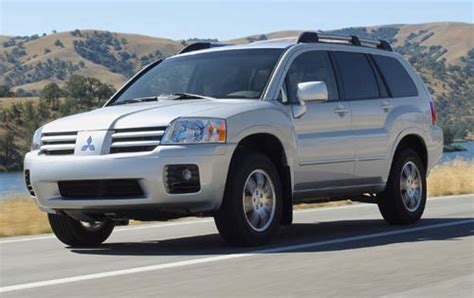 how to fix cars 2005 mitsubishi endeavor transmission control used 2004 mitsubishi endeavor for sale pricing features edmunds