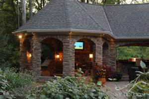 Outdoor Entertaining Designs - home decorating ideas outdoor entertaining area