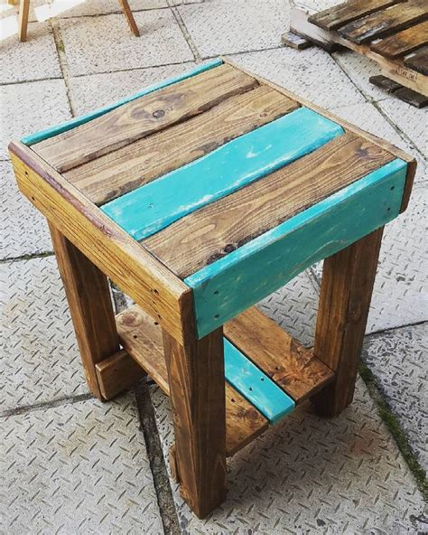 table diy projects 1000 ideas about pallet side table on pallet furniture pallets and side tables