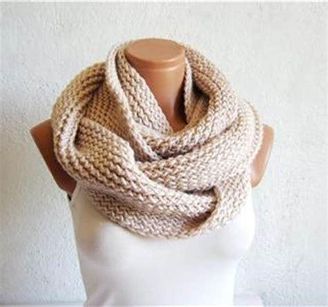 bufanda cuello en crochet o ganchillo de lana o estambre aprende a hacer bufandas de ganchillo uolala