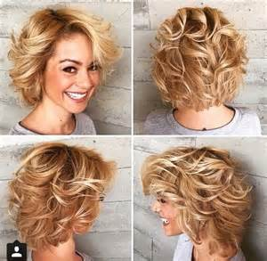hochsteckfrisurenen mit locken mittellange haar anleitung die besten 17 ideen zu lockige bob frisuren auf locken kurze haare gewellter bob