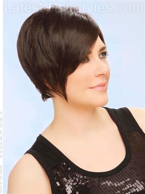 pixie haircuts with long bangs with veiw of front sides and back long pixie short swooping style with bangs side view
