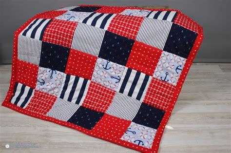 patchwork decken als babygeschenk eine patchworkdecke n 228 hen geschenk zur