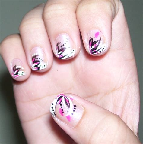 11 cool easy nail designs to do at home zlot