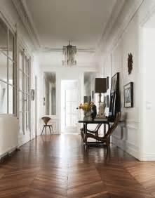 the interiors of the parisian apartments habitually chic 174 187 clare waight keller s paris apartment