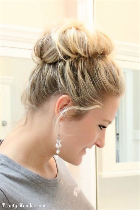 Can You Get A Messy Bun Look With The Bun Maker | get your messy bun done in less than 2 minutes