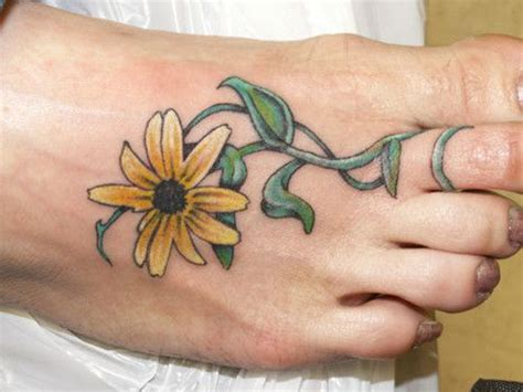 buttercup flower tattoo designs 13 best images about buttercup on glow