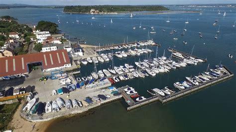 boat club sandbanks rmyc the royal motor yacht club poole harbour dorset