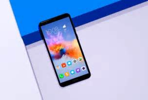 Glamours Of The Year Honors Cool Offers Up A Chance To Bid On Gorgeous Gems That Help Benefit The Environment Fashiontribes Fashion by Honor 7x And Honor View 10 Two Great Deals For The End Of