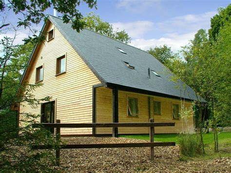 Cottages To Rent Near Alton Towers by Weaver Family Cottage Ramshorn Wood Near Alton Towers