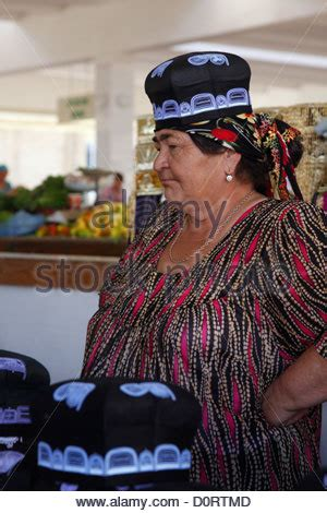 uzbek woman having fun and dancing samarkand uzbekistan stock uzbek woman stock photo royalty free image 107225650 alamy