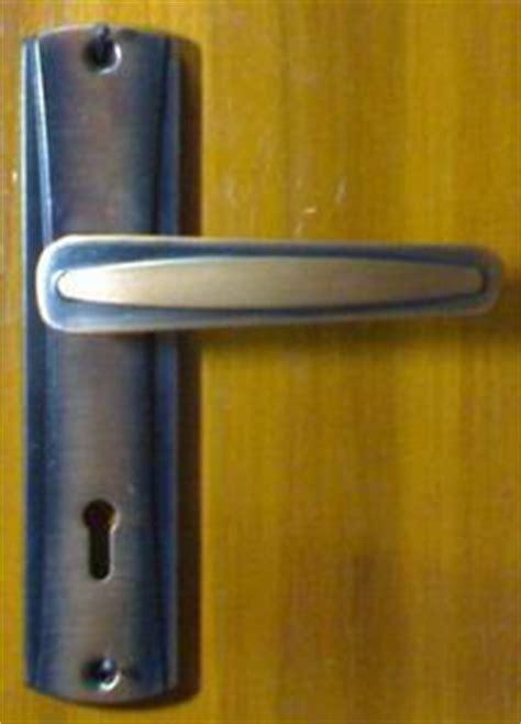 Kunci Pintu Grandia kunci pintu kunci laci harga harga bahan bangunan