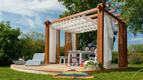 mobili per giardino in legno griglie legno giardino arredo giardino griglie separare