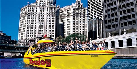 boat rides on navy pier navy pier offers fun for student groups in chicago