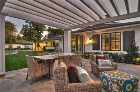 Zillow Digs Home Design Trend Report 4 tips for creating the perfect open air living room