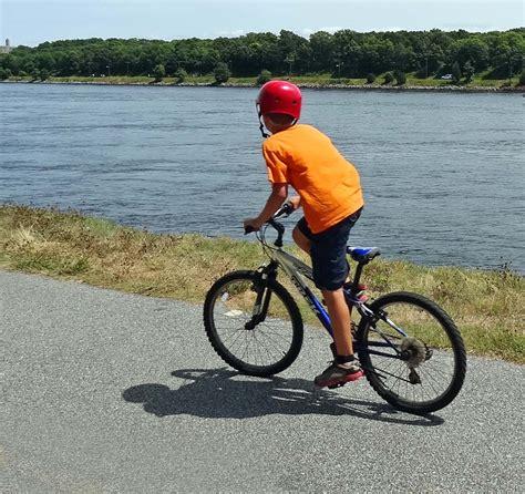 bike riding ride a bike healthy hotties 2015