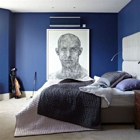Modern Bedroom Decorating Ideas With Navy Blue Cabinet And