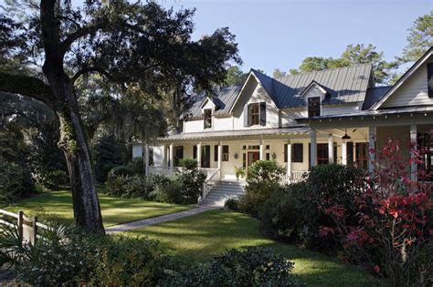 carpenter style house carpenter gothic cottage spring island south carolina traditional exterior charleston