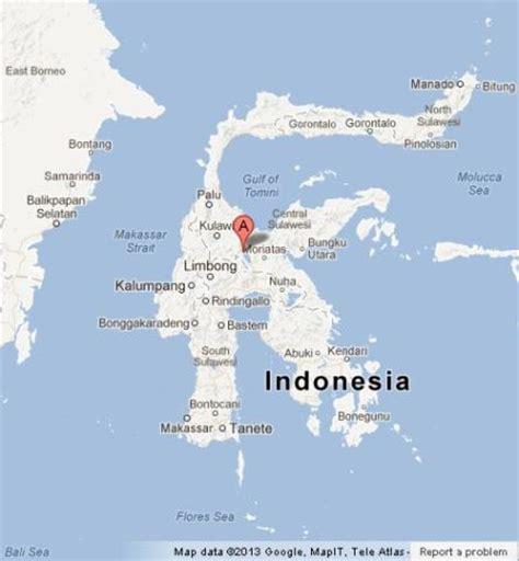 sulawesi  island  indonesia world easy guides
