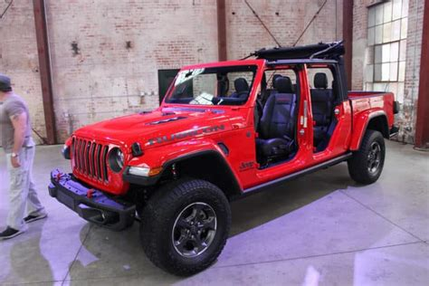 2020 Jeep Gladiator Gas Mileage by 2020 Jeep Gladiator Colors