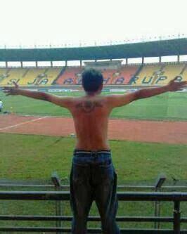 Kaos Persija Persija Fans the jak mania ultras sector 5 awaydays bandung ultras