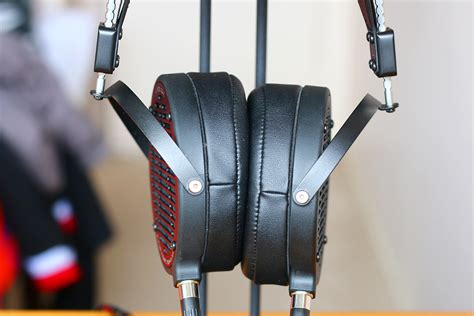 The Master Switch review audeze lcd2c the master switch