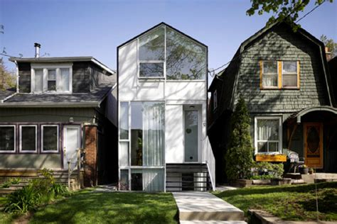 toronto canada modern houses canada homes modern homes in canada mexzhouse com resistance to modern homes in established neighbourhoods